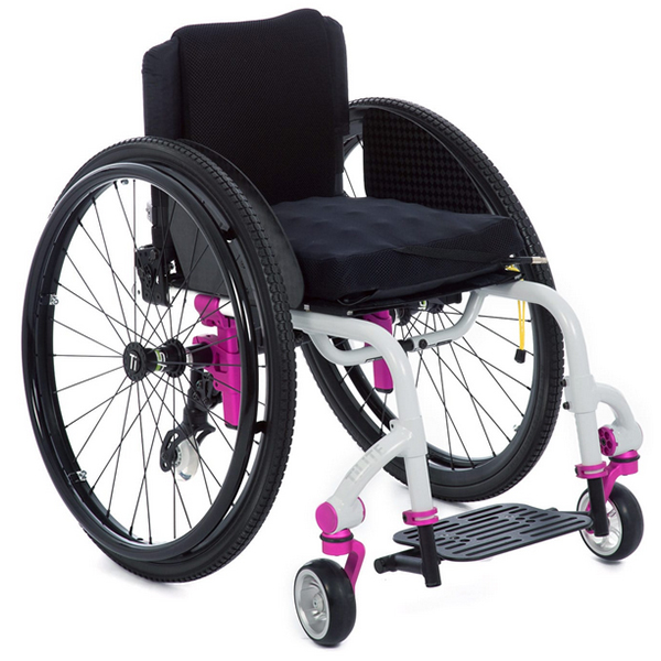 TiLite Twist Growable Youth Wheelchair